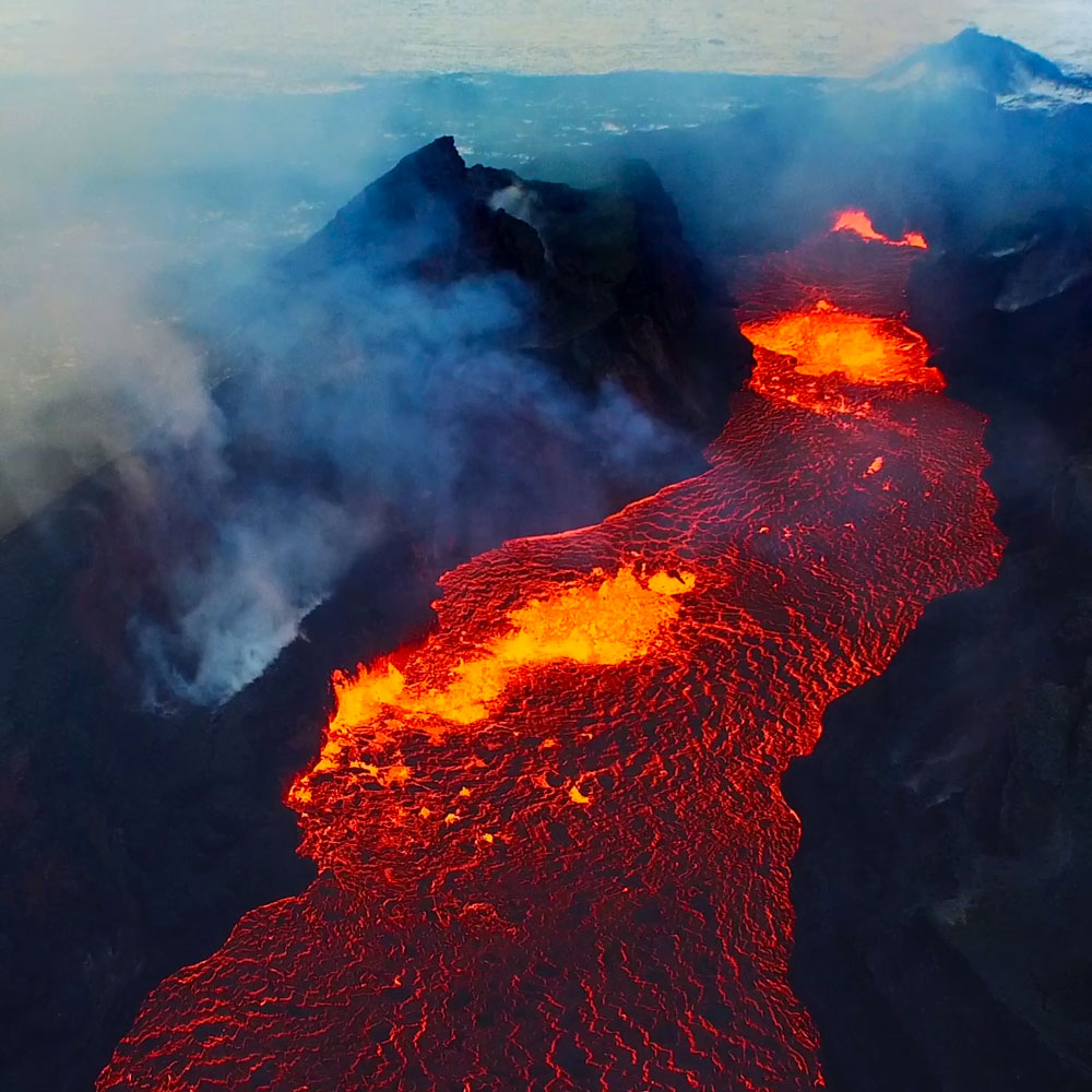 the story of earth lava flow